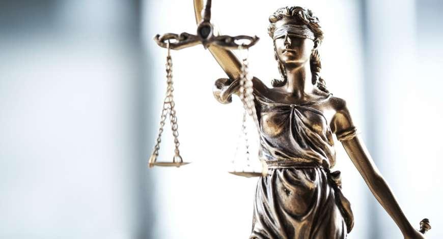 Curso grátis de Noções Básicas do Direito