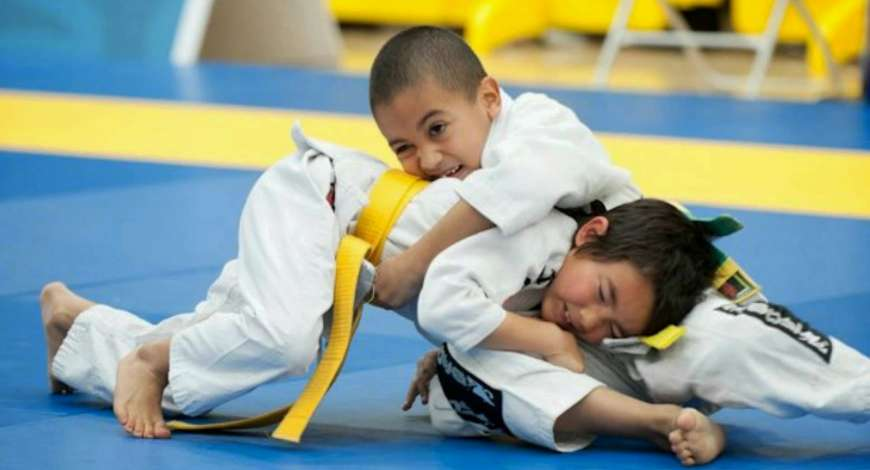 Curso grátis de Trabalho infantil esportivo e artístico