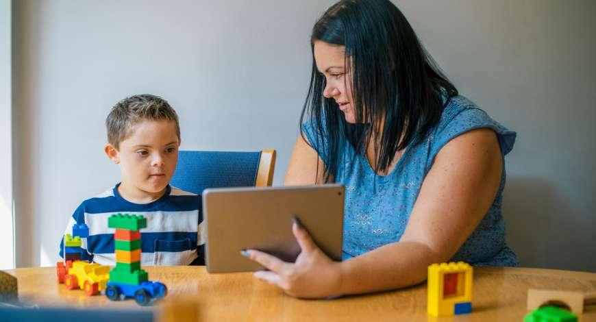 Atendimento Educacional Especializado em Deficiência Intelectual