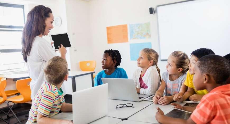 Recursos Tecnológicos no processo de ensino e aprendizagem